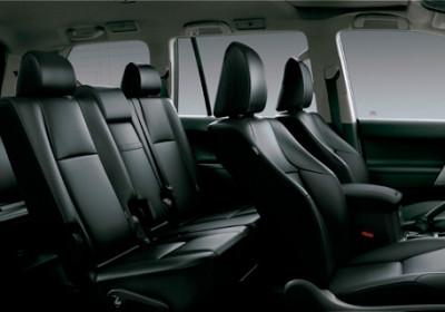 3 filas de asientos, 7 pasajeros