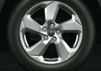 Llantas de aleación  de 18'' con neumáticos 225/60R18