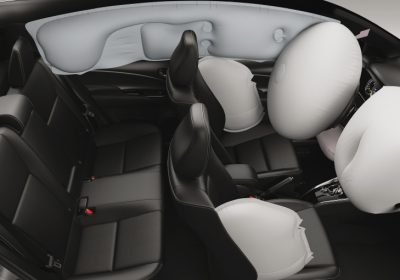 Airbags frontales y laterales